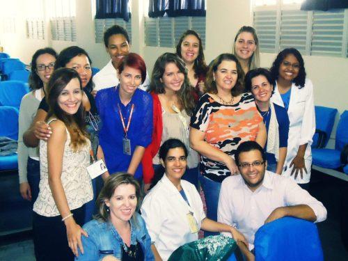 Equipe da ESCS/FEPECAS e coordenação da APS da Regional do Paranoá