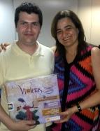 Prof. Dr. Reginaldo Guirandelli, chefe do SER, recebe VIOLETAS